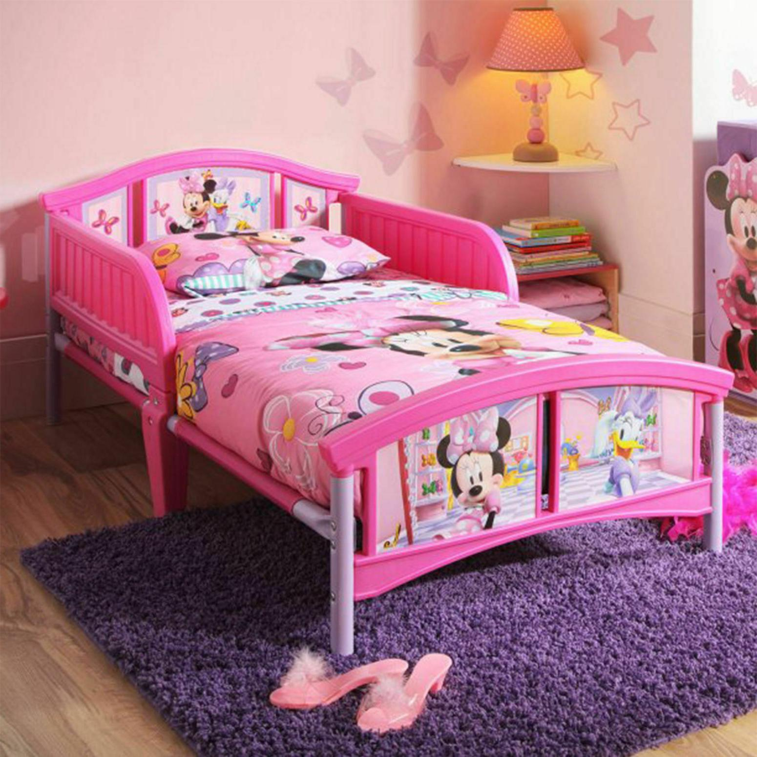 Delta Children Minnie Mouse Toddler Bed  Table Chairs Toy Or